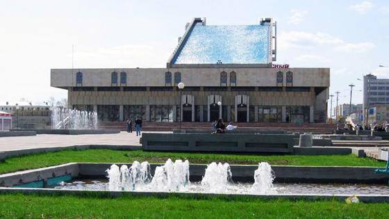 Афиша казани театра имени г камала цена билета в театр тень